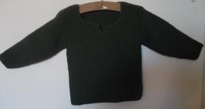 hjemmestrikkede trøjer, trøje i retstrikning strikket af grønt garn