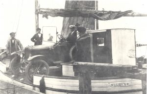 Arkiv billeder fra Fejø, færgebåden O. Bjørn af kragenæs