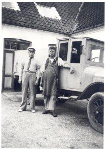 Arkiv billeder fra Fejø, mejerist Nielsen og mælkemanden Christian Jørgensen