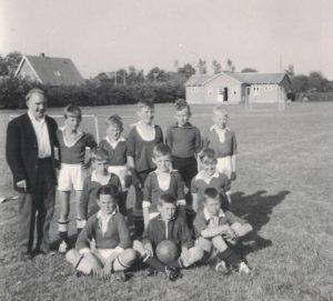 Arkiv billeder fra Fejø, drengefodboldhold
