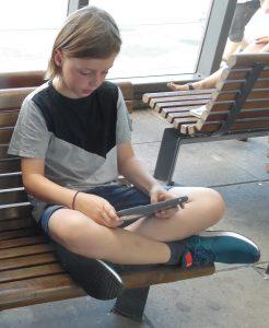 legoland, Max venter på toget