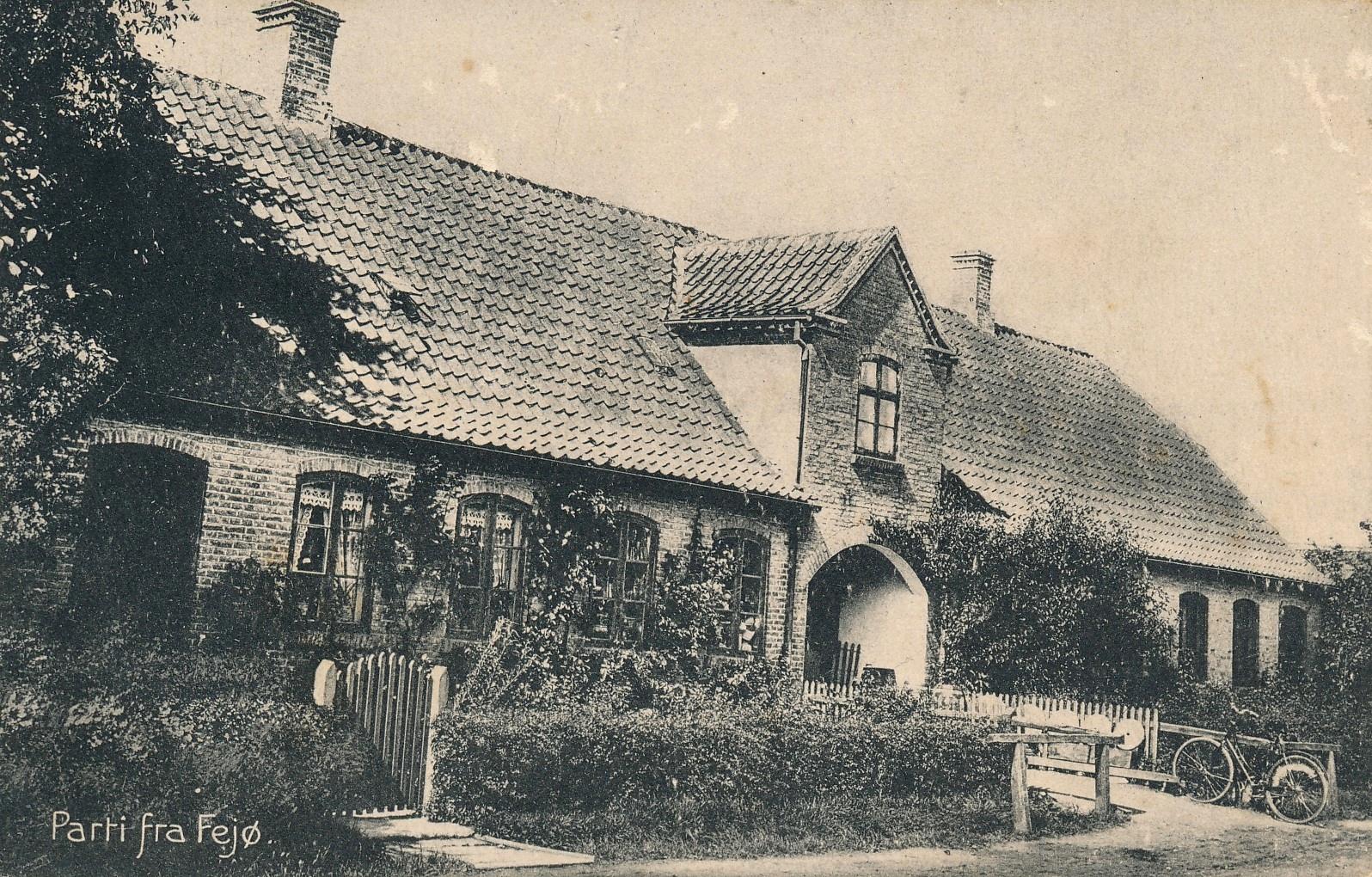 Siøs købmandsforretning, Herredsvej 259, Østerby, Fejø, postkort, cirka 1910