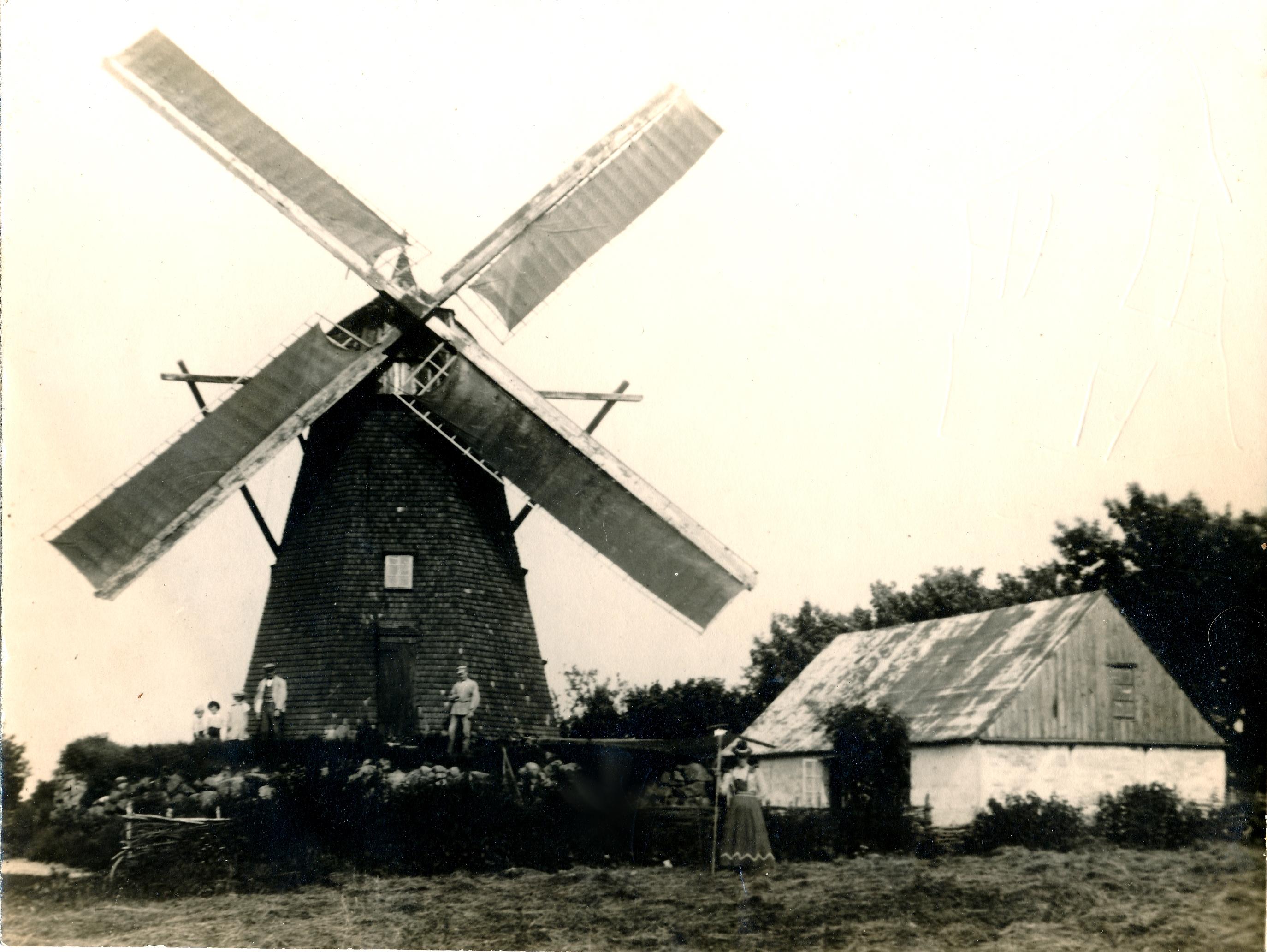 Fejø Mølle, hollændermøllen der lå på Brigetvej